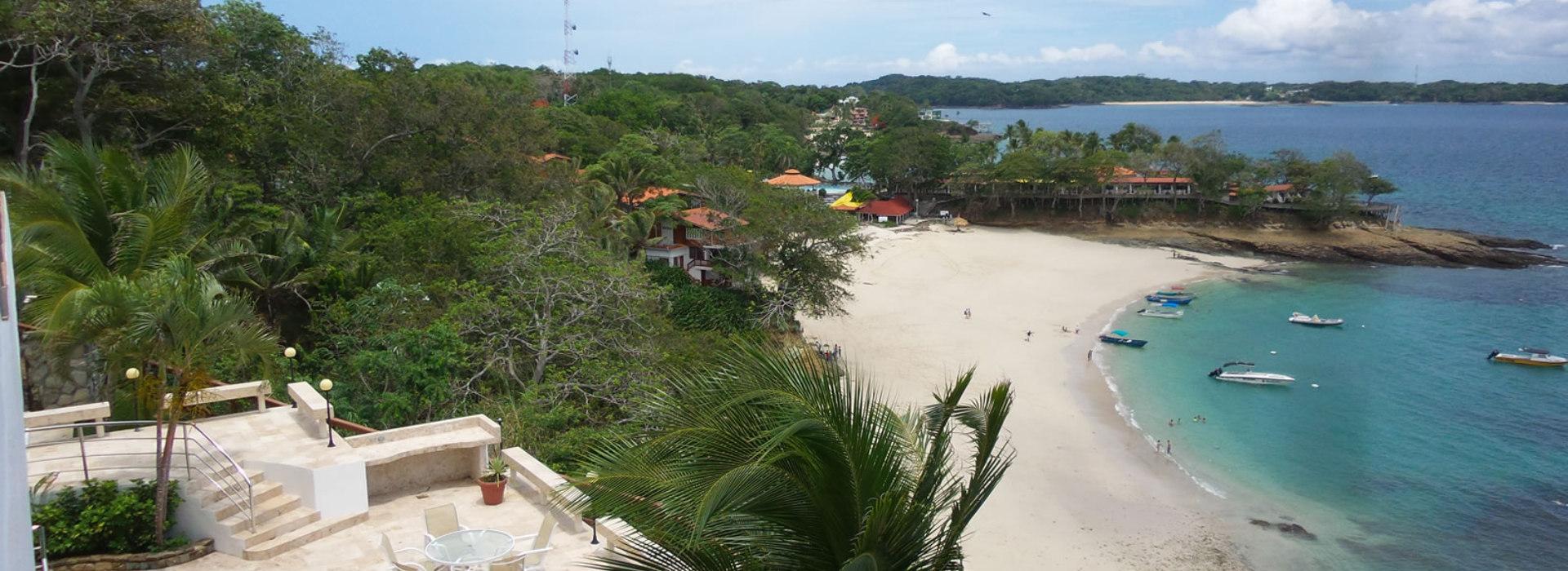 Las Perlas Island day tour